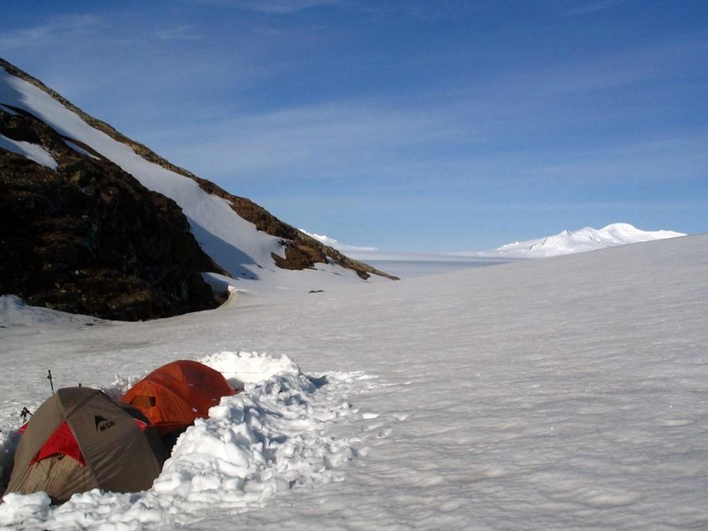 Campement sur le champ de glace Sud de Patagonie