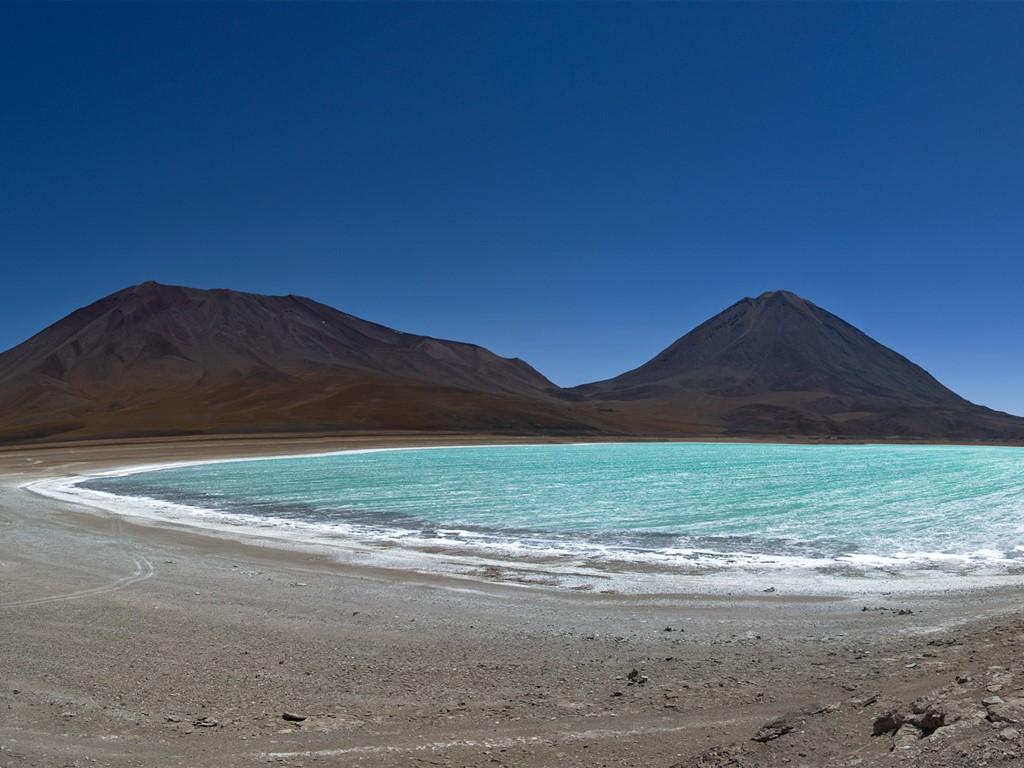 Laguna Verde au volcan Licancabur Chili