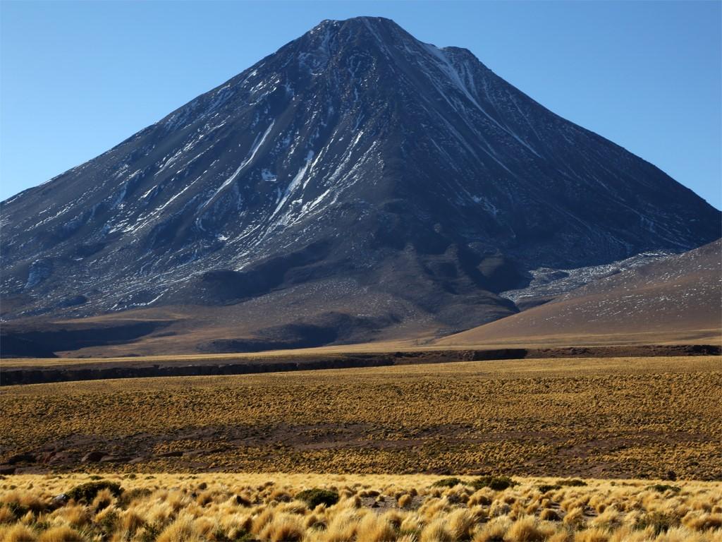 Andinisme sur le Volcan Licancabur entre Chili et Bolivie