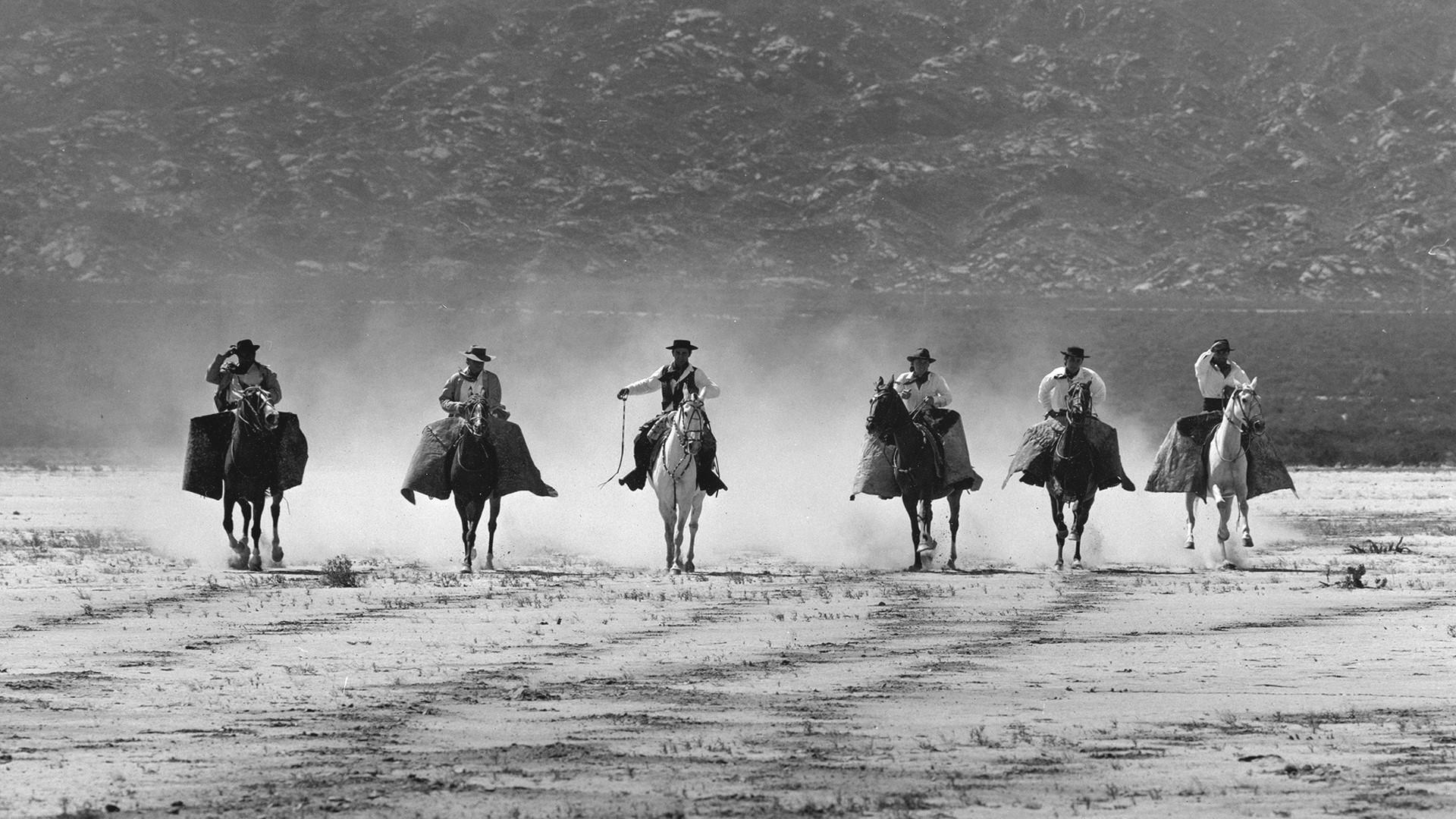 Gauchos au centre de la Pampa aride en Argentine