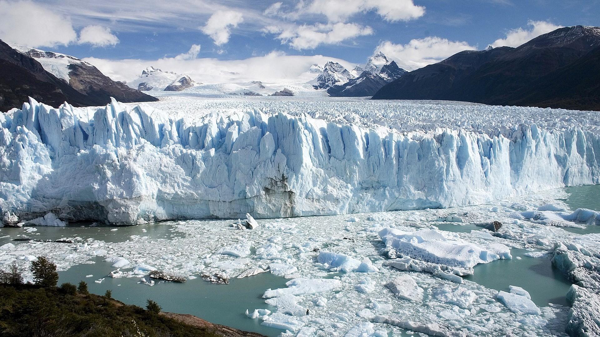 Glacier Perito Moreno dans le Parc National Los Glaciares en Argentine