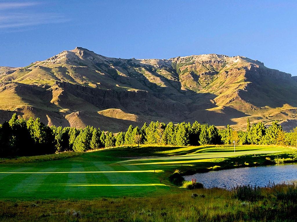 Campo de golf en San Martín de los Andes