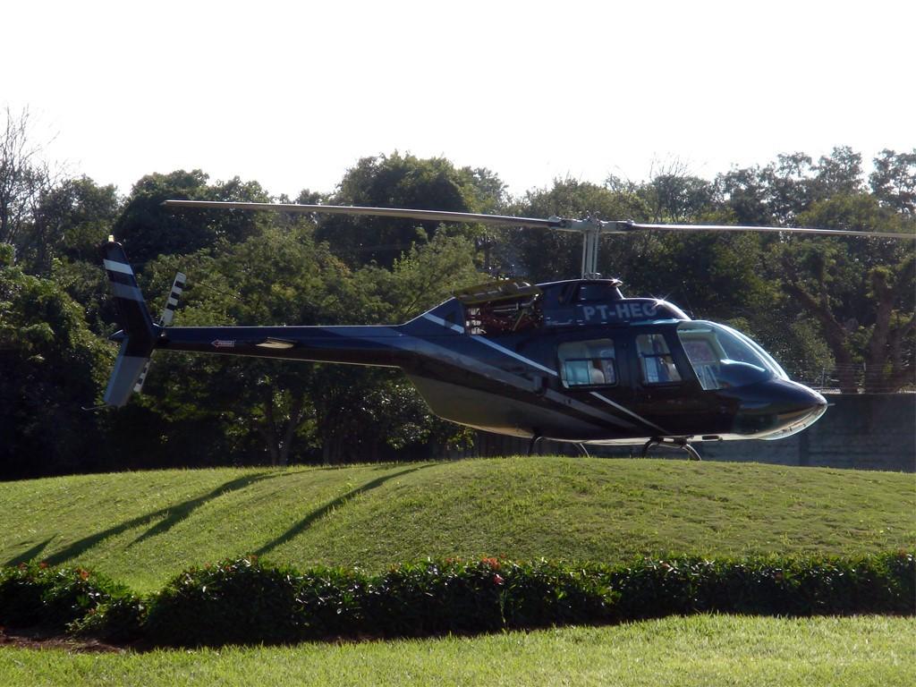 Hélicoptère pour survoler les Chutes d'Iguazu