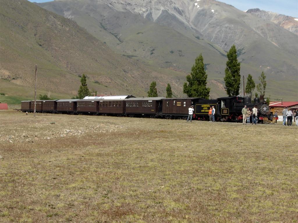 Étape en Patagonie à Nahuel Pan avec le train La Trochita