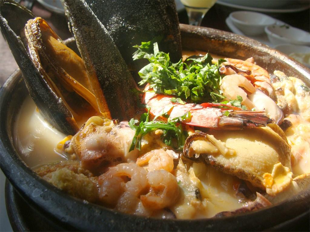 Paila Marina est une soupe de coquillages du Chili