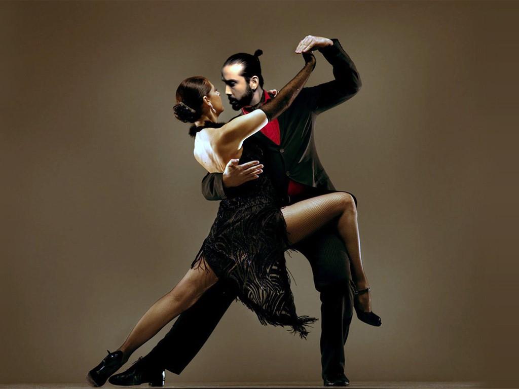 Le tango, une danse sensuelle et traditionnelle de Buenos Aires